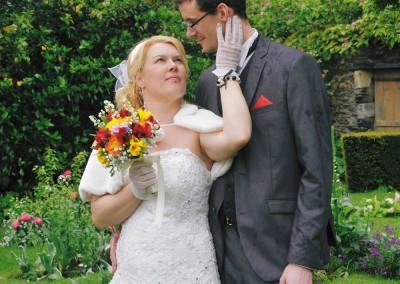 MARIAGE HEUREUX SOUS LA PLUIE À L'ARBORÉTUM D'ANGERS